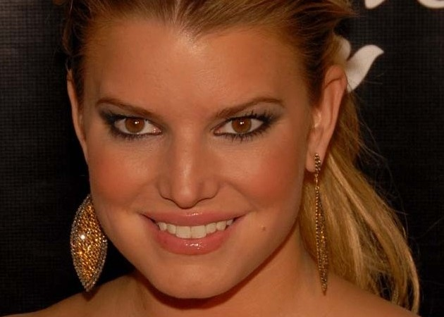 Jessica Simpson Receives 2010 Dove Real Beauty Award @ Beverly Hilton Hotel