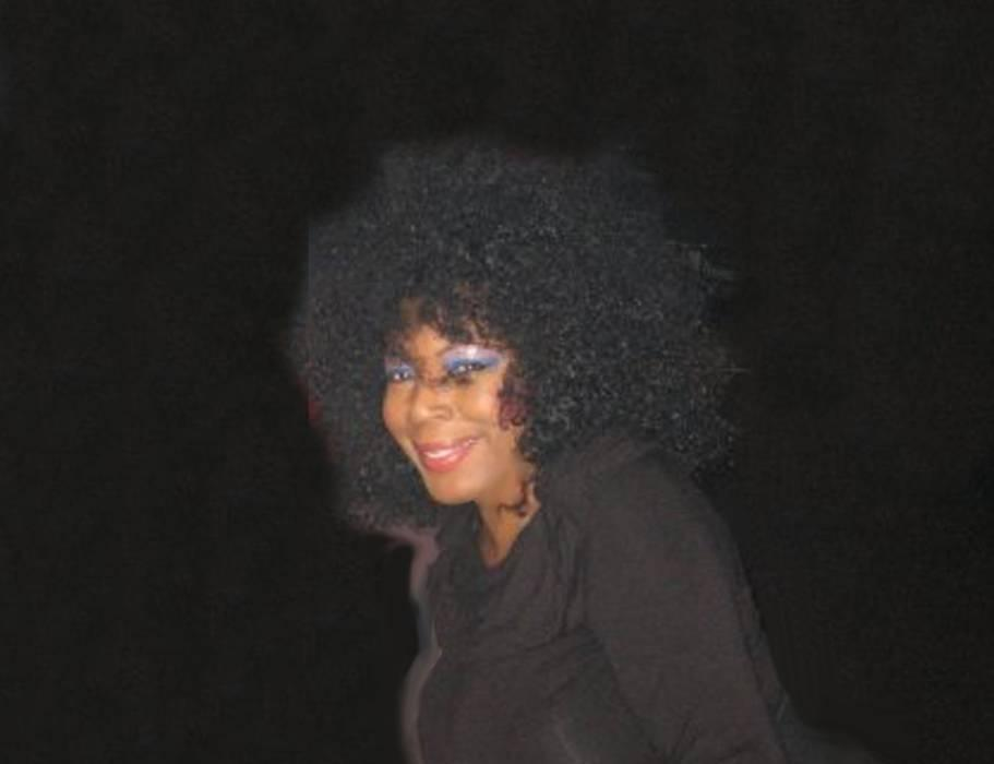 Valori Steele-The Singer, Performer and Songwriter is Simply Electrifying