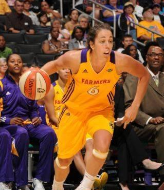 The Sparks Fall To The San Antonio Silver Stars 82-65