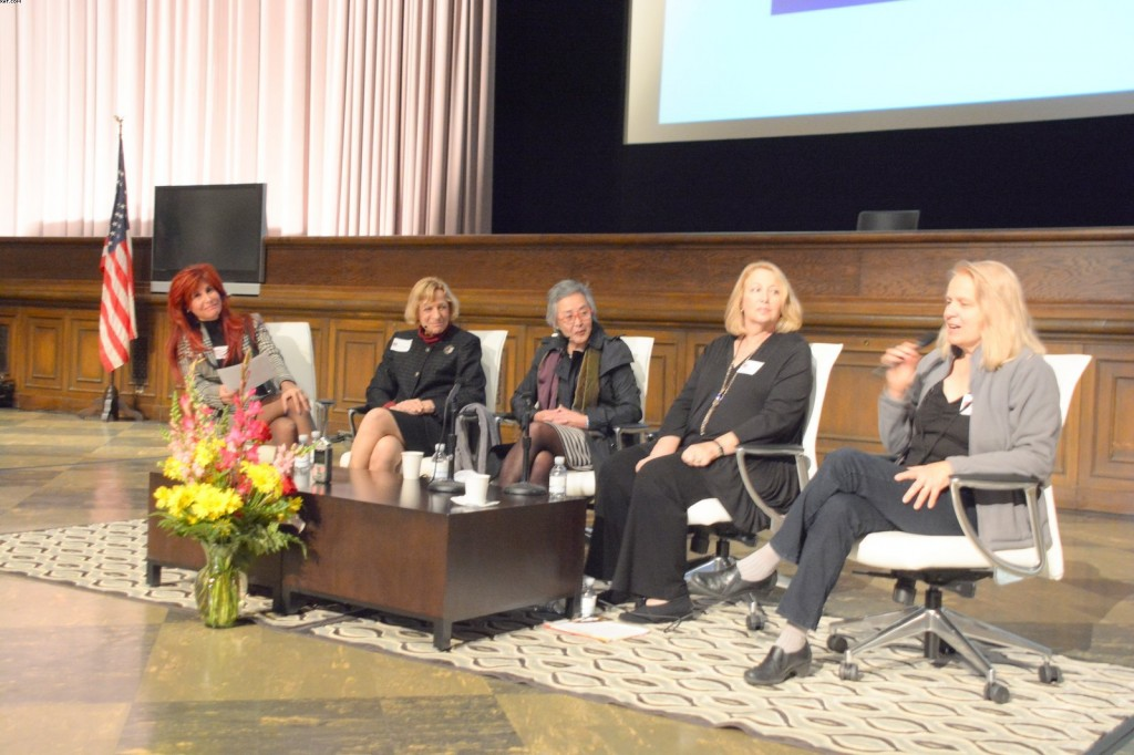 Suzanne De Laurentiis (L) hosted a panel that included Ruth Weisberg, Margaret Lazzari, State Senator Carol Liu and art historian Karen Schifman. Photo by