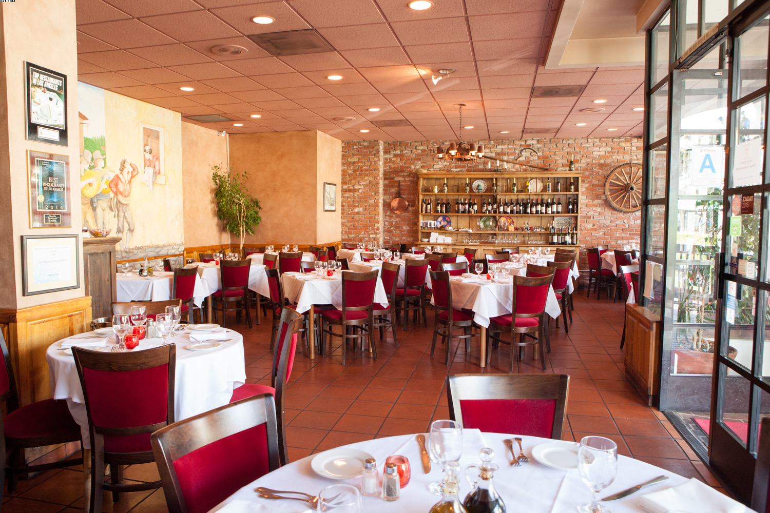 Modo Mio-An Italian Restaurant with a French owner and a Mexican Chef